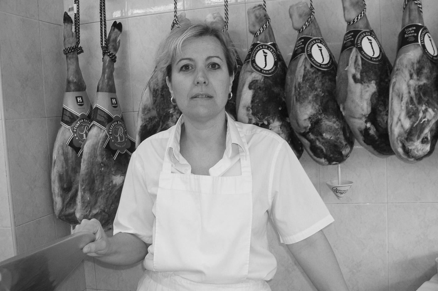 Esther en Carniceria Los Porches