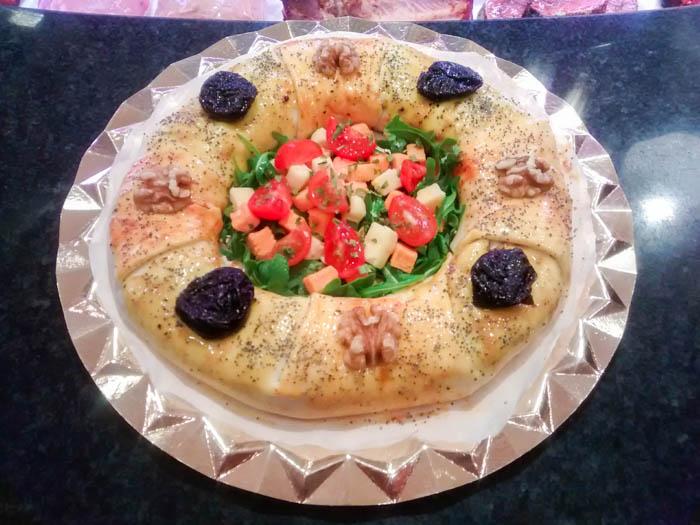 Roscón de Reyes de carne y hojaldre